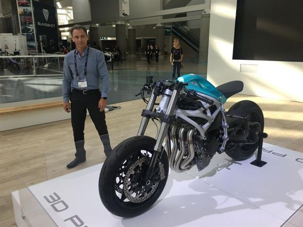 divergent-3d-premieres-3d-printed-superbike-los-angeles-auto-show-2.jpg